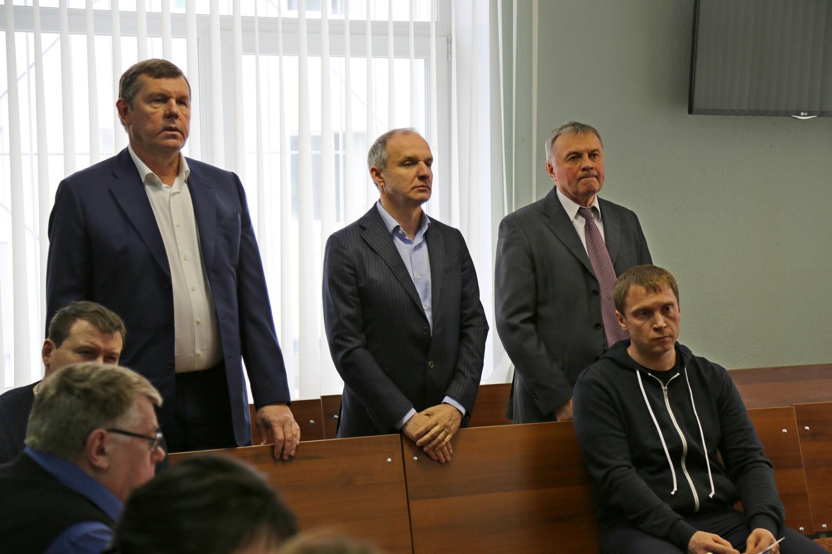 ВЕкатеринбурге дело омошенничестве сземлей Новикова ушло всуд