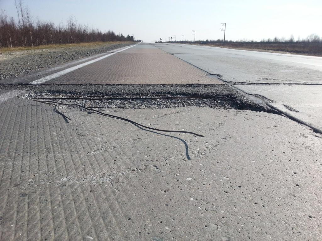 Начетырех свердловских трассах ремонт идет сотставанием отсроков