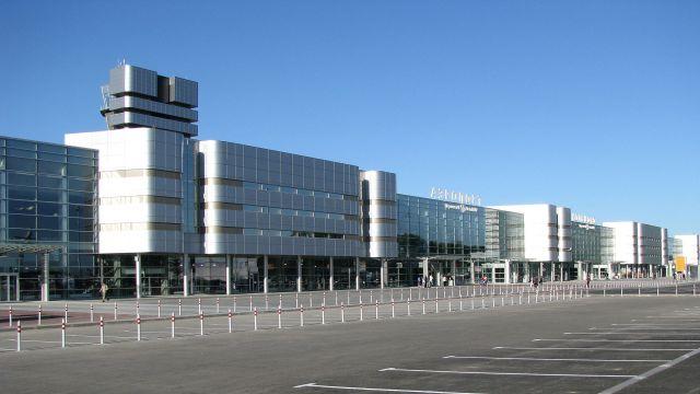 Пассажир рейса Москва— Екатеринбург госпитализирован ваэропорту Кольцово