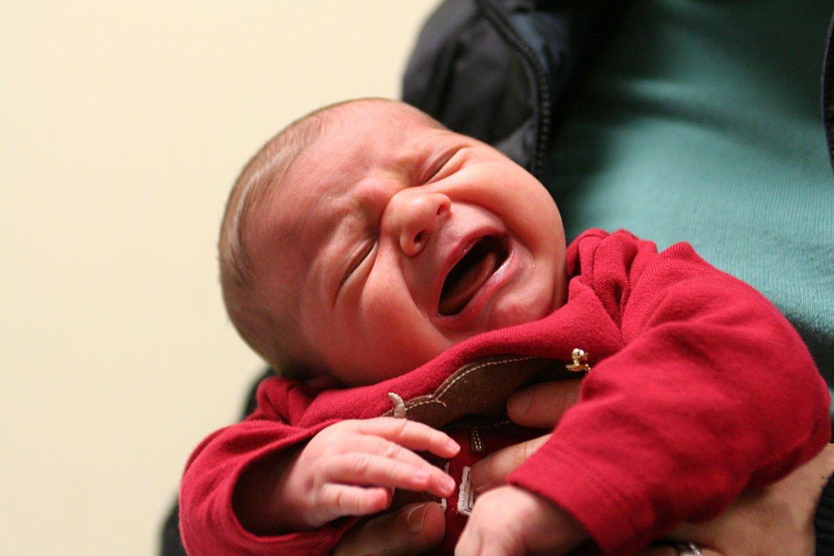 ВУфе женщина родила иоставила ребенка вподъезде замерзать