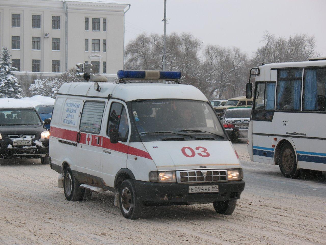 Наперекрёстке Бажова— Куйбышева скончался пешеход, переходивший дорогу