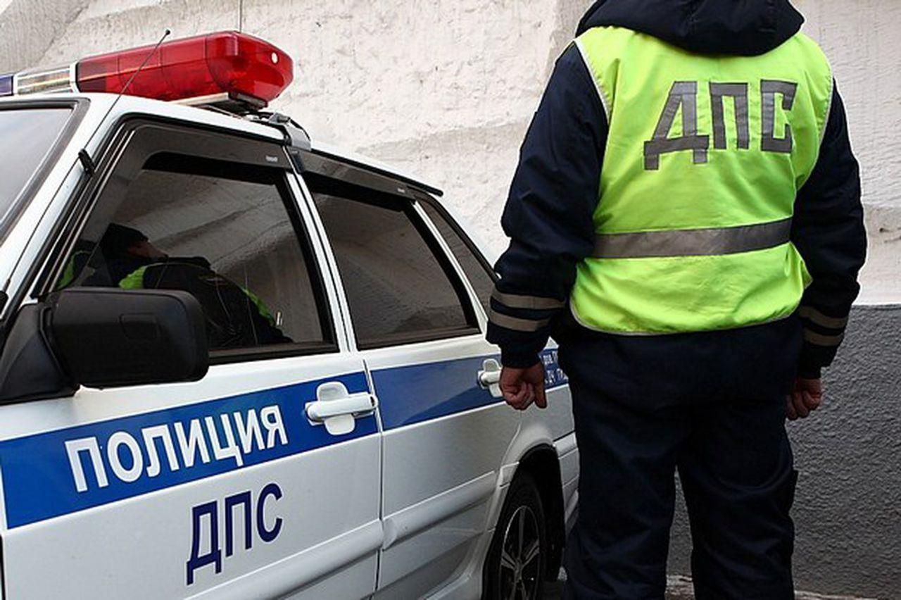 Нетрезвый шофёр напал наинспектора ГИБДД вЕкатеринбурге