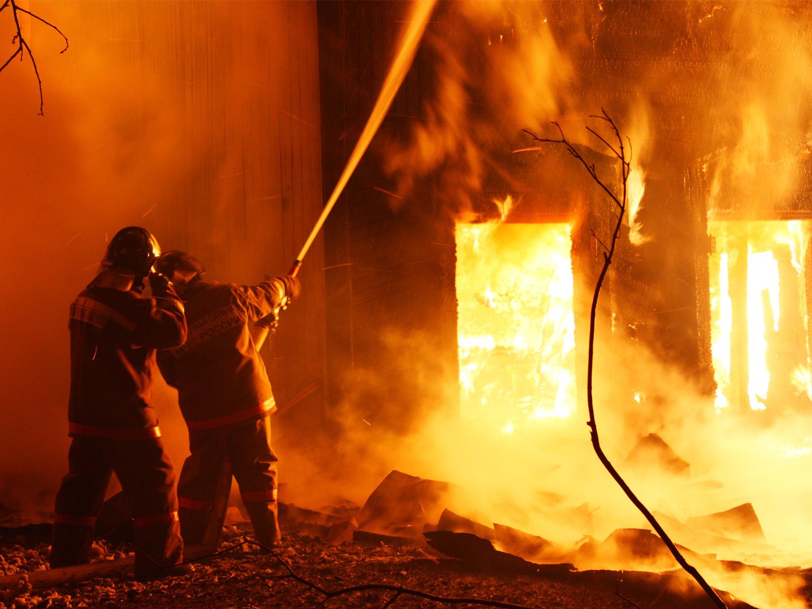 ВУфе водном изкафе произошёл крупный пожар