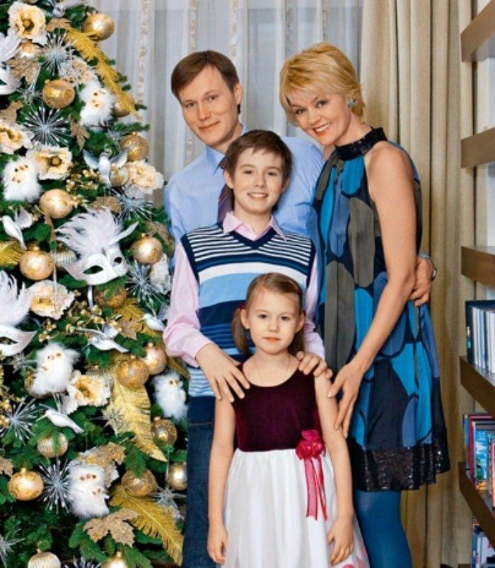 Семья Юлии Меньшовой фото