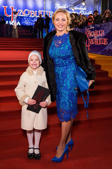 Дочь Аллы Довлатовой – Саша фото