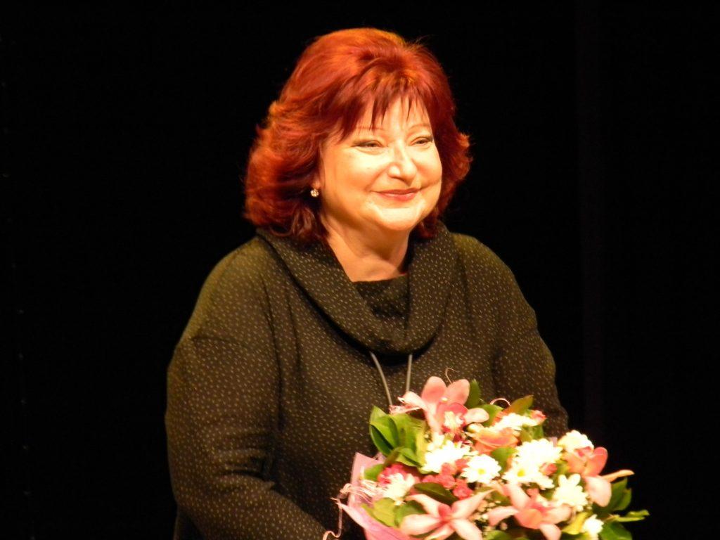 Рост, вес, возраст. Сколько лет Елене Степаненко фото