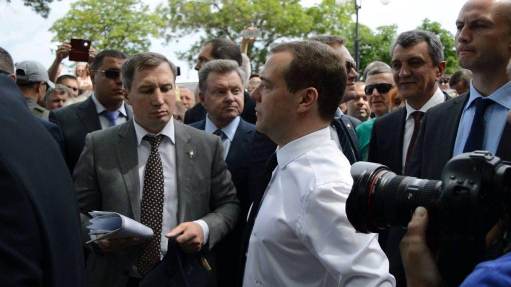 Рост, вес, возраст. Сколько лет Дмитрию Медведеву? фото
