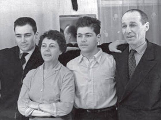 Семья Владимира Познера фото
