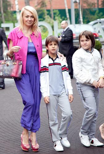 Дети Яны Рудковской фото