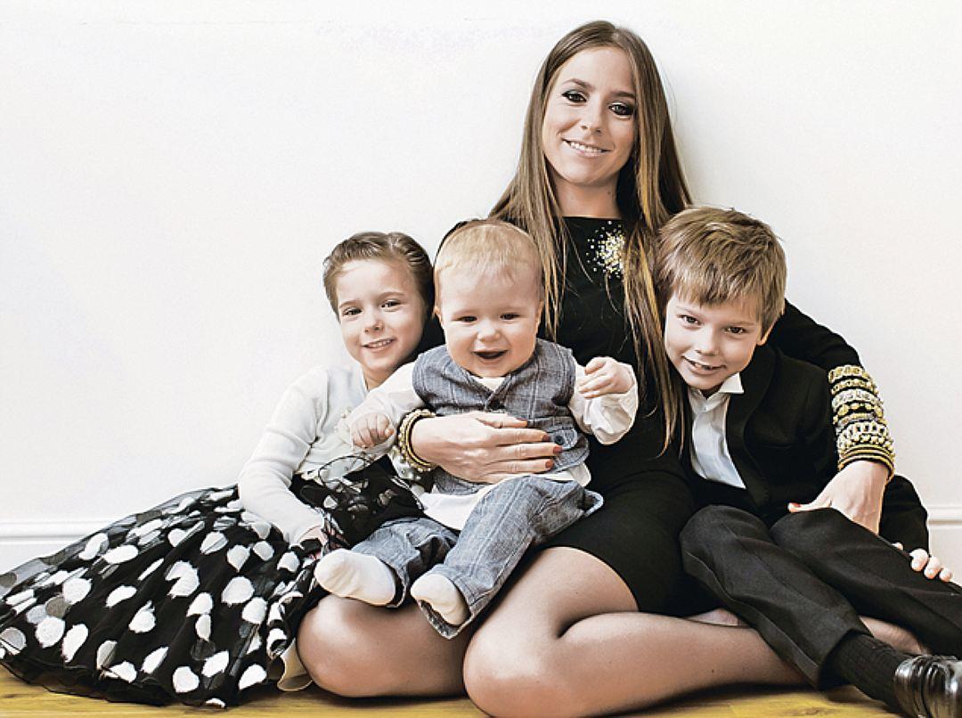 Аршавин и юлия барановская фото с детьми