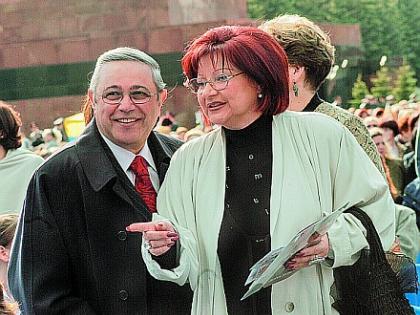 Жена Евгения Петросяна — Елена Степаненко фото