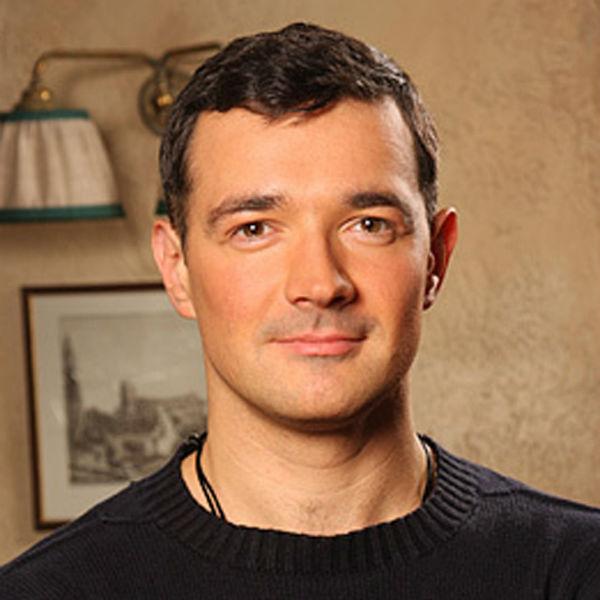 Инстаграм и Википедия Егора Бероева фото