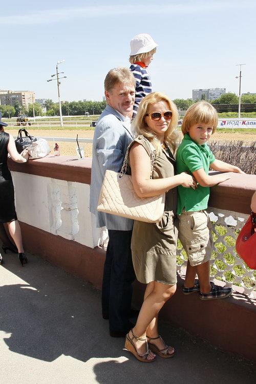 Бывшая жена и дети дмитрия пескова 88