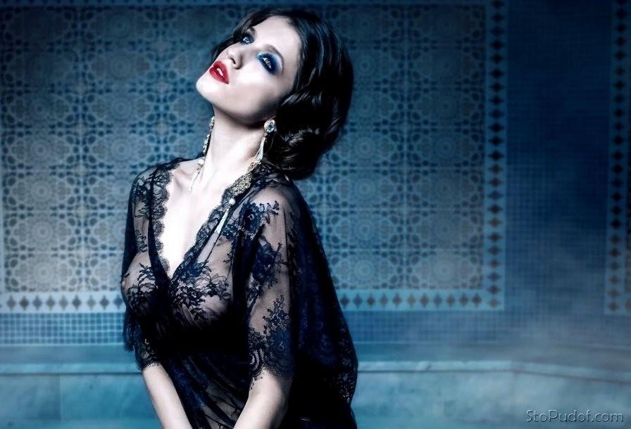 Фото Анны Чиповской для журнала «Максим» фото
