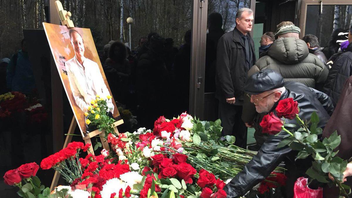Похороны Михаила Задорнова. Причина смерти юмориста фото