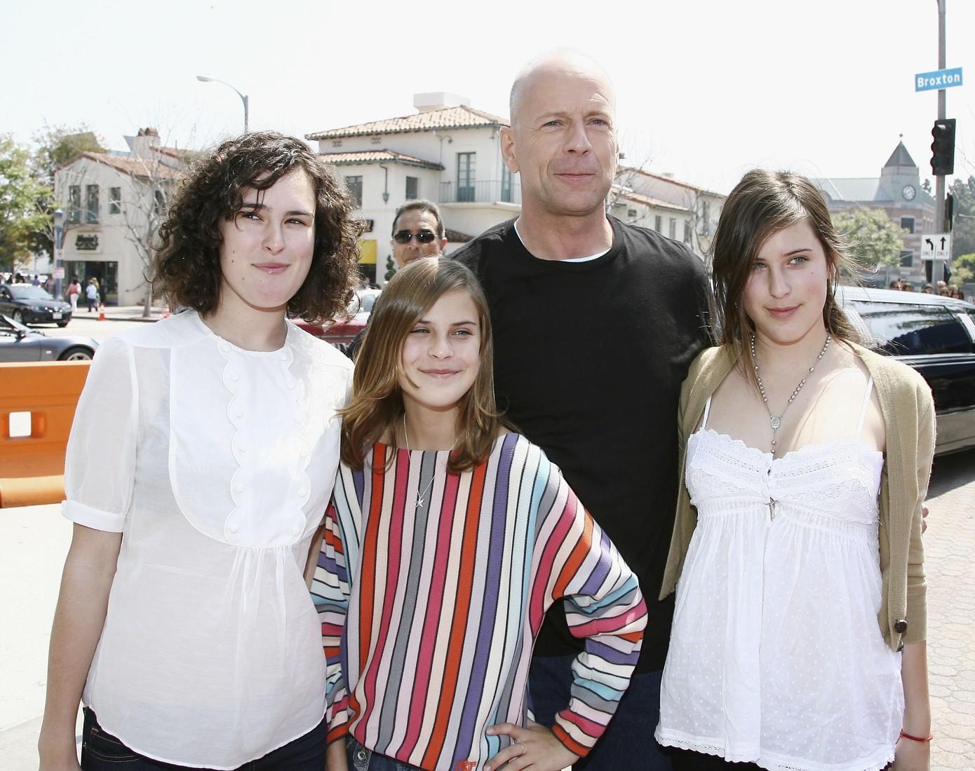 Семья и дети Брюса Уиллиса фото
