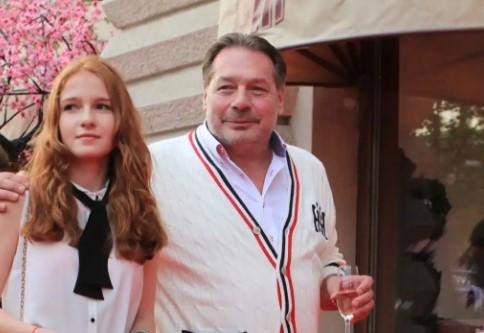 Дочь Дмитрия Назарова – Арина Назарова фото