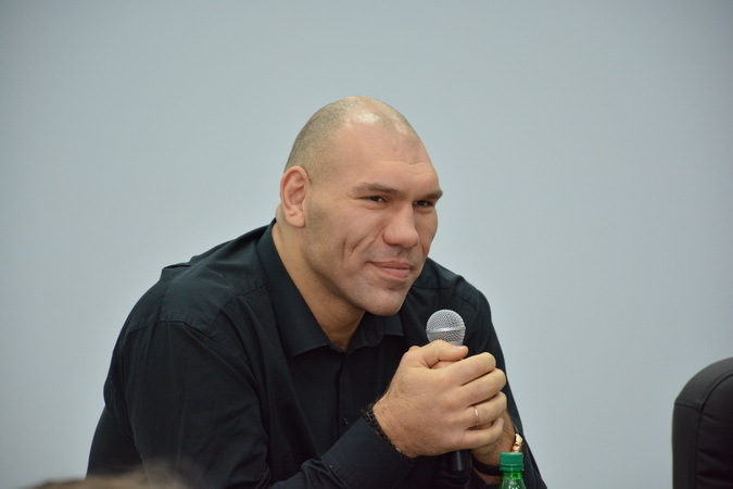 Последние новости о здоровье Николая Валуева фото