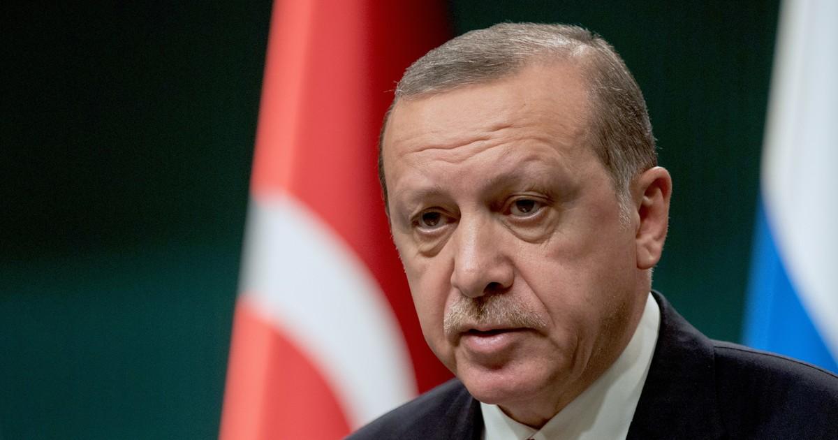 Рост, вес, возраст. Сколько лет Реджепу Тайипу Эрдогану фото