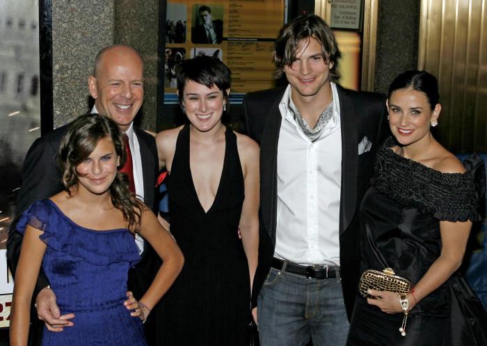Семья и дети Деми Мур фото