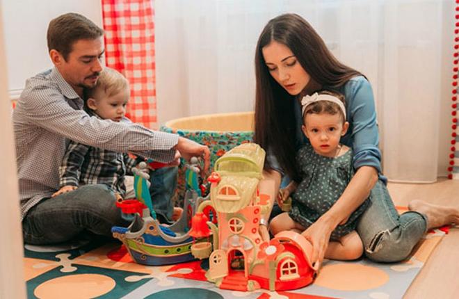 Семья и дети Дениса Никифорова фото