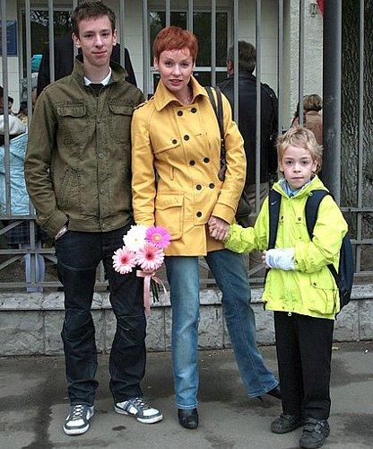 Семья и дети Жанны Эппле фото