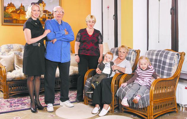 Семья и дети Олега Анофриева фото