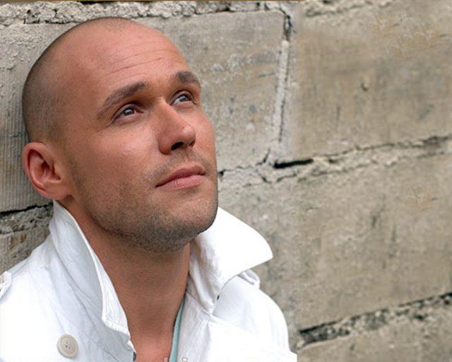 Актер Максим Аверин: биография, личная жизнь, семья, жена, дети — фото