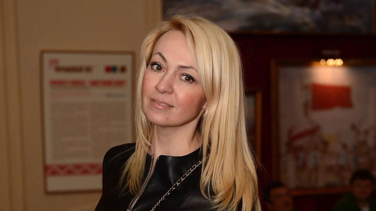 Яна Рудковская: биография, личная жизнь, семья, муж, дети — фото