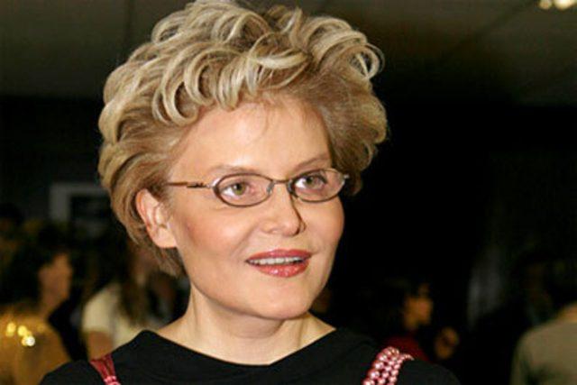 Елена Малышева: биография, личная жизнь, семья, муж, дети, диета — фото