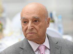 Владимир Этуш находится под наблюдением врачей в НИИ Склифосовского