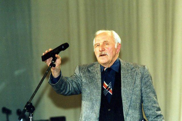 Михаил Ульянов: биография, личная жизнь, семья, жена, дети — фото