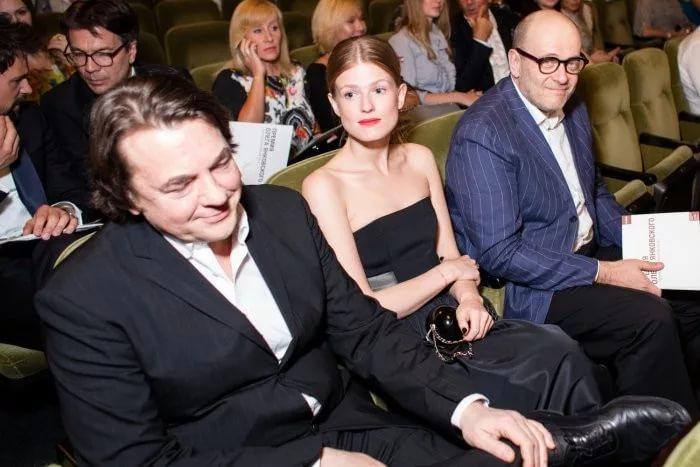 Генеральный директор «Первого канала» Константин Эрнст женился на известной модели