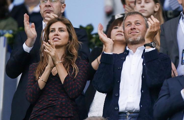 Роман Абрамович разводится с Дарьей Жуковой. Почему семья рассталась
