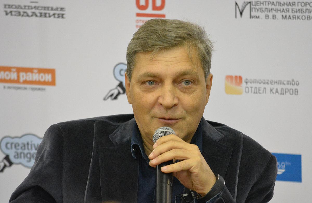Александр Невзоров: биография, личная жизнь, семья, жена, дети — фото