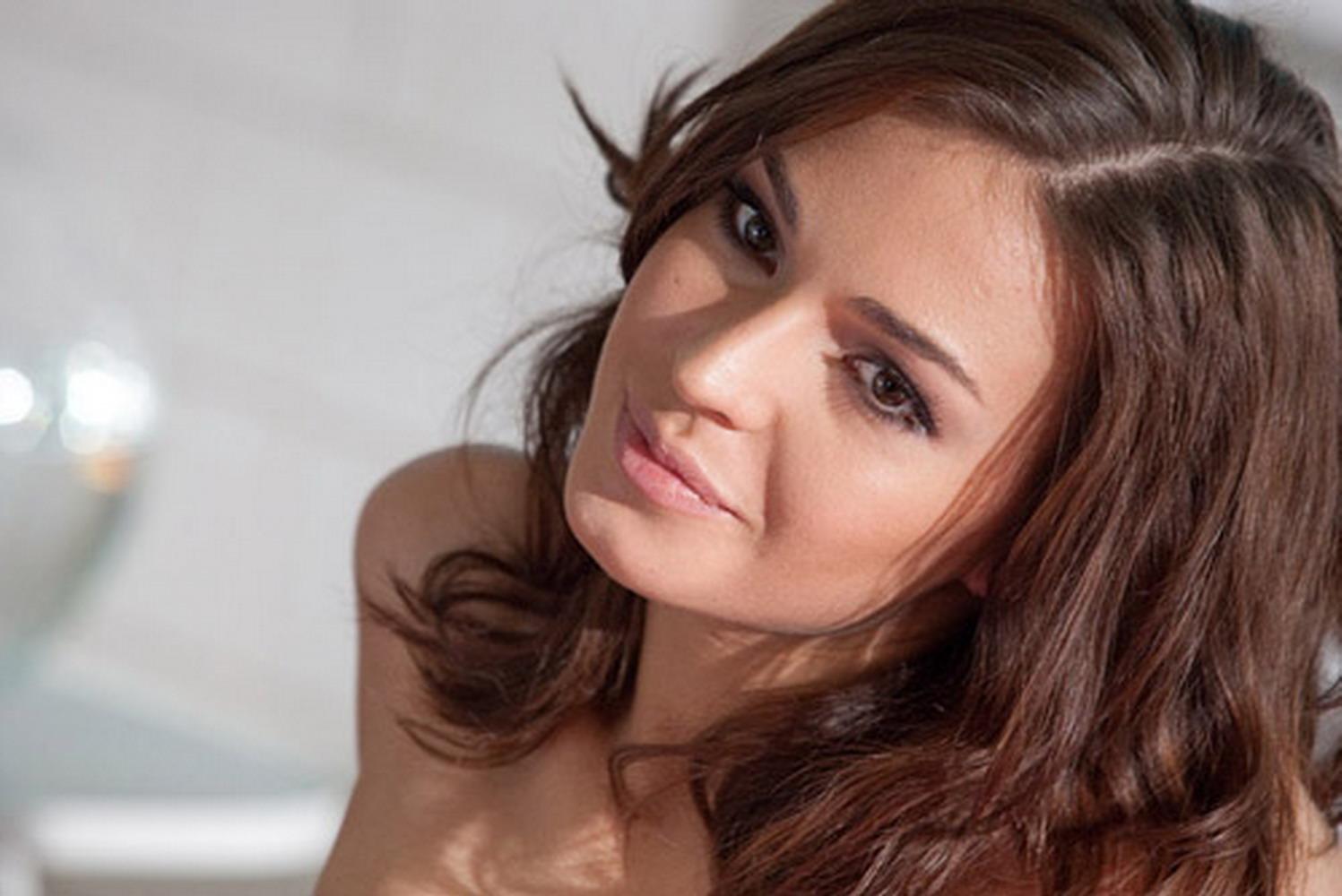 Agnia Ditkovskite Nude Photos 16
