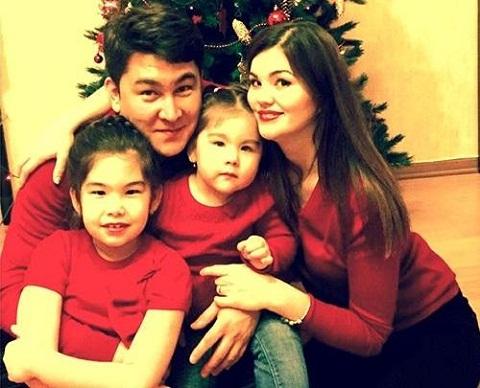 Семья и дети Азамата Мусагалиева фото