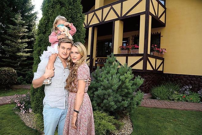 Семья и дети Елены Дудиной фото