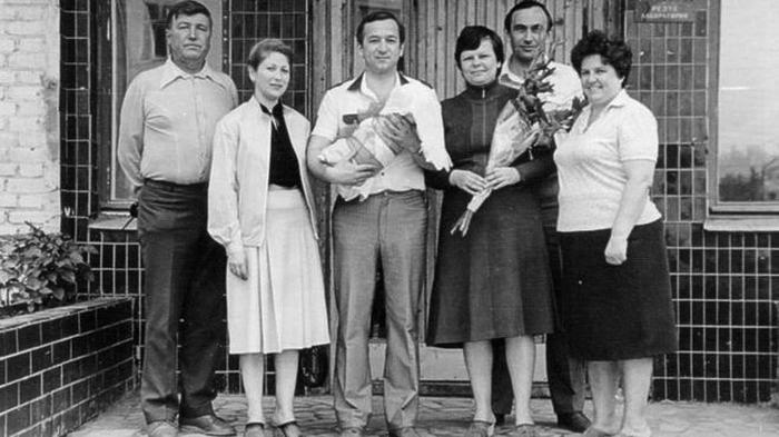 Сергей Скрипаль жена Людмила Скрипаль и дети Александр и Юлия Скрипаль фото