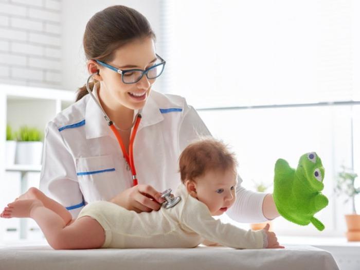 Рождение ребенка первые дни — самые трудные. Полезные советы