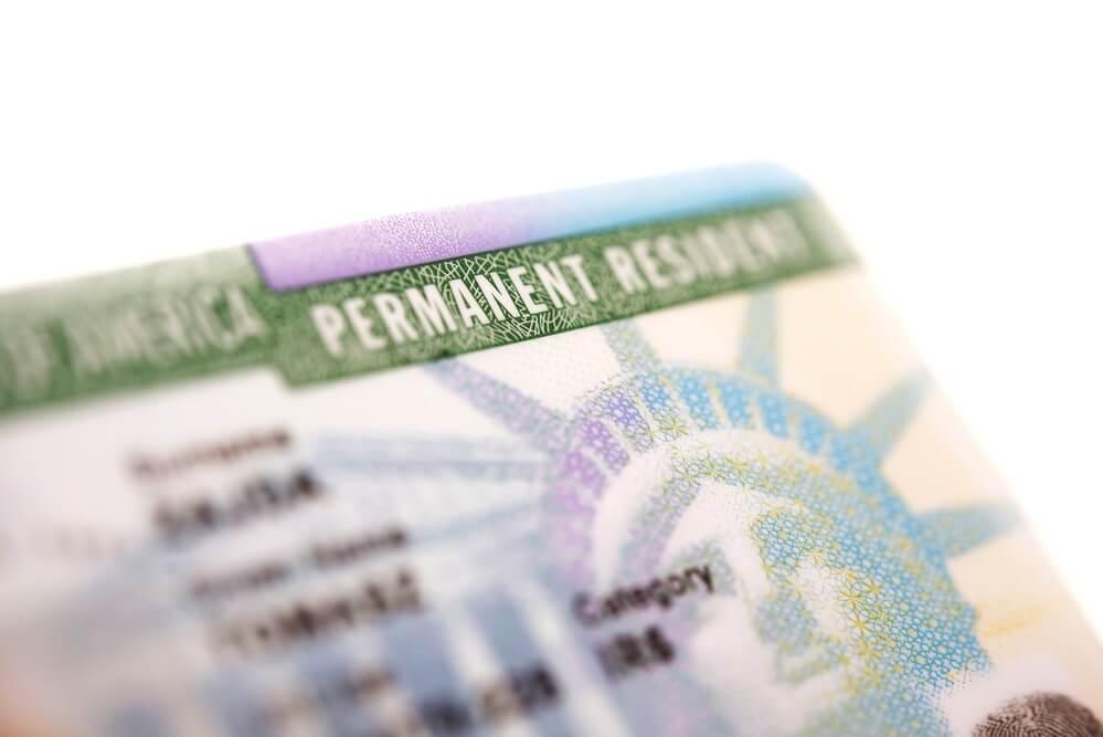 Что такое Грин-карта и ее значение в пенсионном обеспечении фото