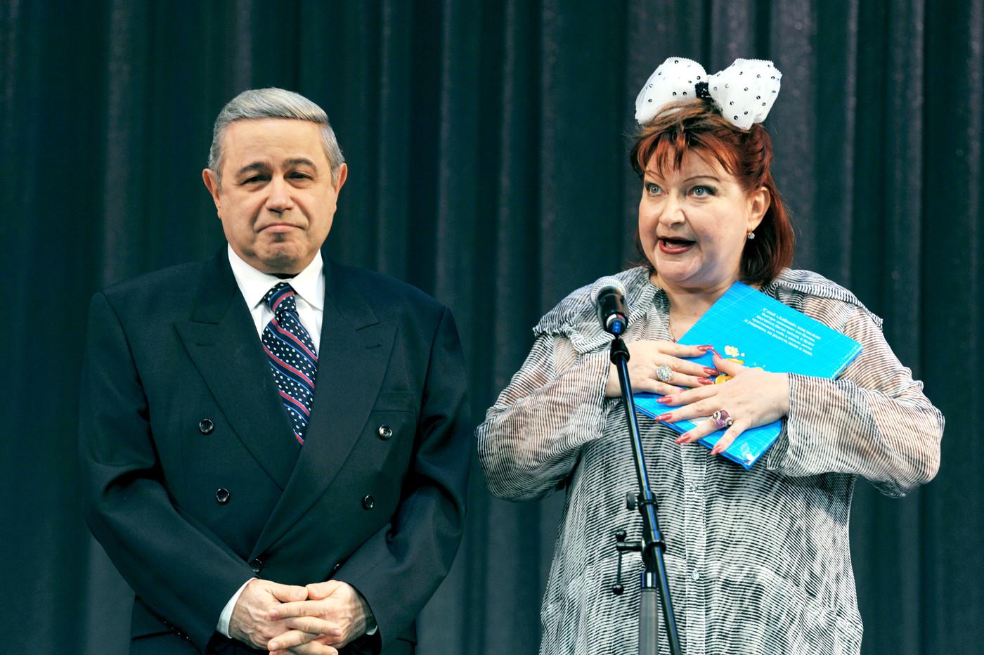 Каковы причины развода Евгения Петросяна и Елены Степаненко