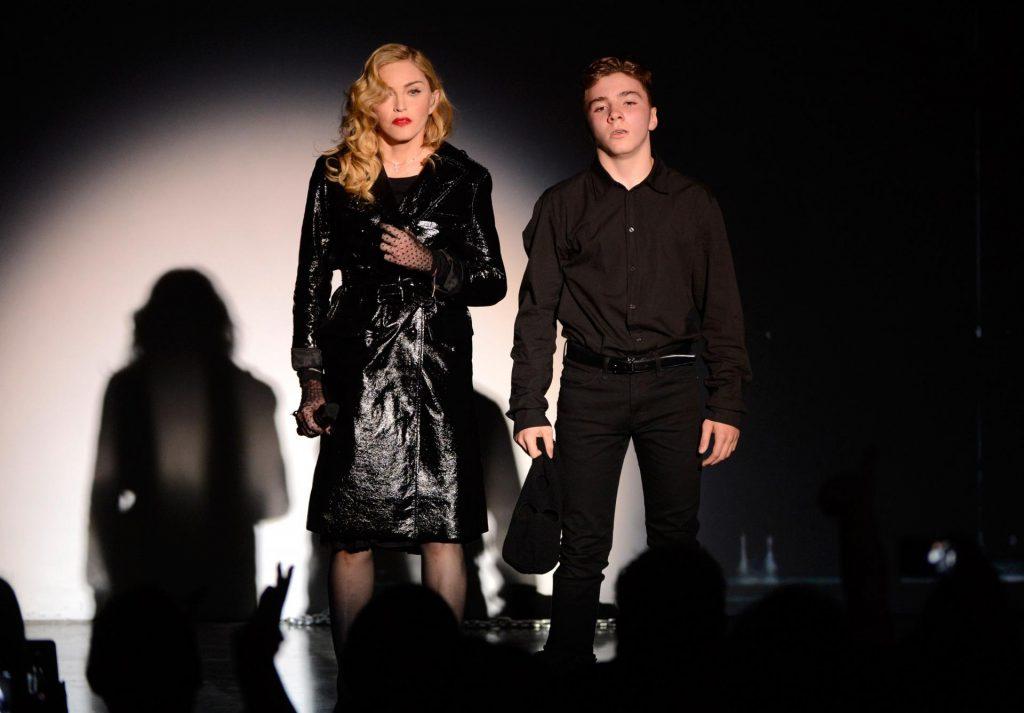 Сын Ричи и Мадонны