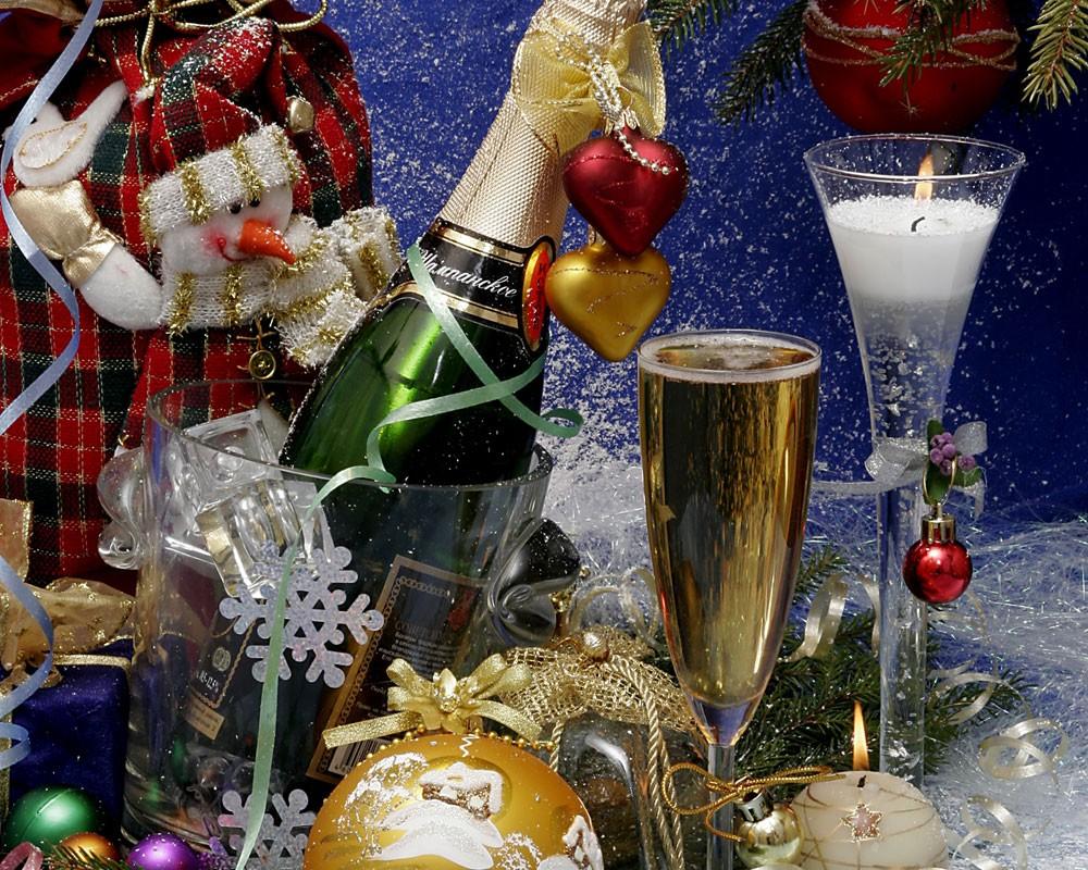 Какие праздники будут в январе фото