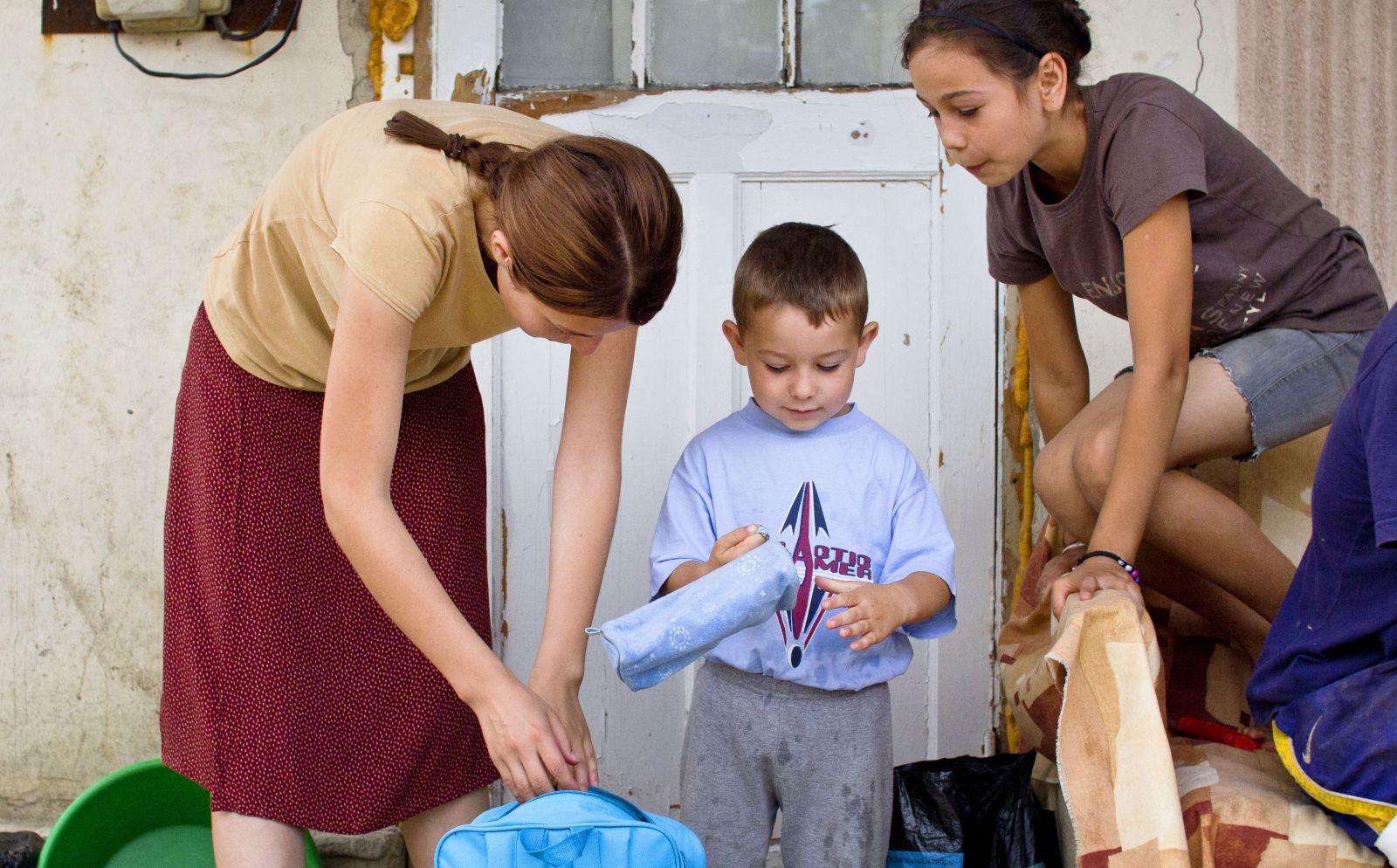 Какую именно помощь получает семья фото